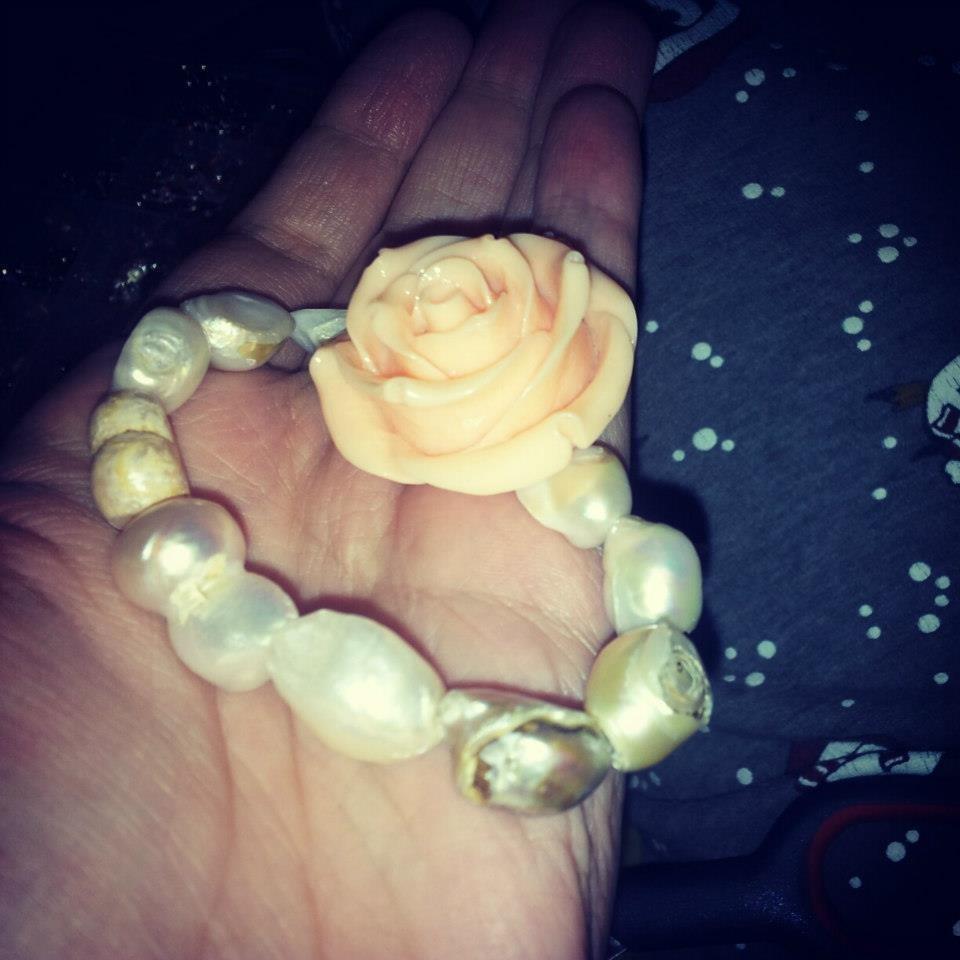 """Bracciale """"Rosa di perle"""""""