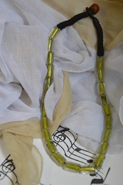 Collana Etnica Vetro  & Corda