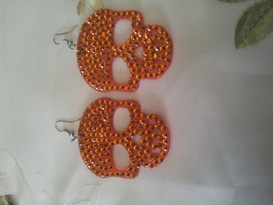 orecchini con teschio e glitter