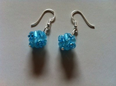 Orecchini con perle in vetro in argento 925