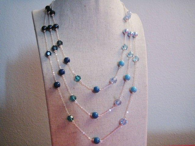 """""""Mare"""" - Collana a 3 fili in perle e cristalli Swarovski"""