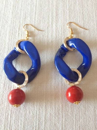 orecchini con catena resina e pendente