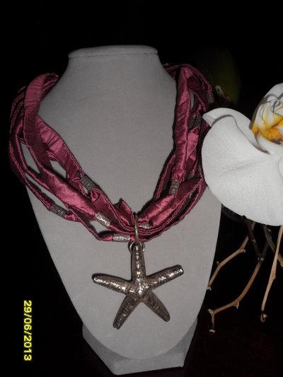 Collana in raso con elementi in argento e pendente a stella centrale rimovibile