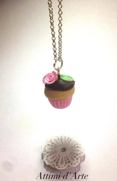 """collana cupcakes """"romantic"""" rosa con glassa al cioccolato  handmade"""