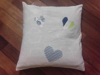 copricuscini in cotone con applicazioni tipo patchwork