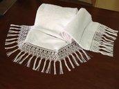 Asciugamani con frangia macramè