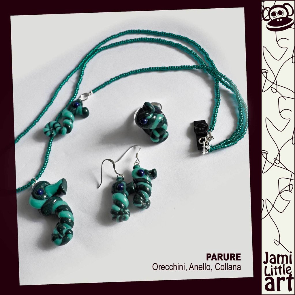 Art_0058C3_Parure Animali _Anello, Collana Perline e Orecchini