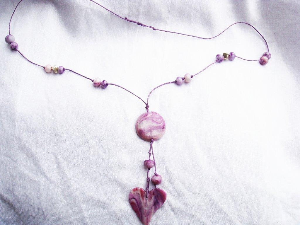 collana con ciondolo in fimo ed elementi decorativi in fimo ,  fatto a mano