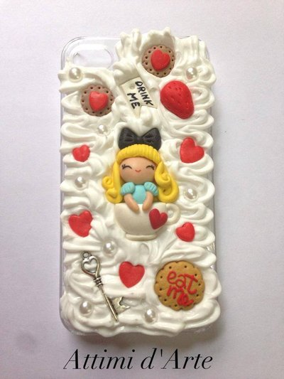 "cover iphone 4/4s fantasia pannosa ""alice in wonderland"" total handmade"