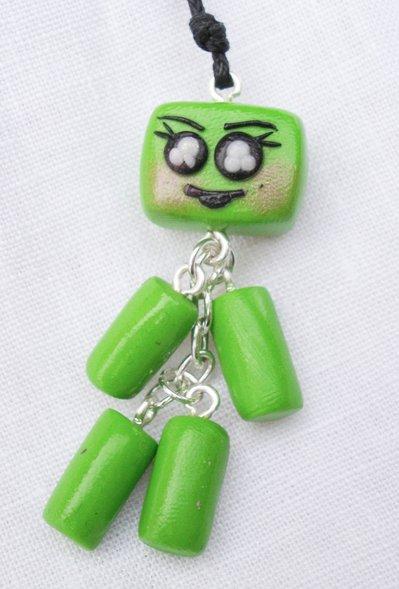 """collana con ciondolo, robottina """"mobile"""" verde, in fimo, fatto a mano"""