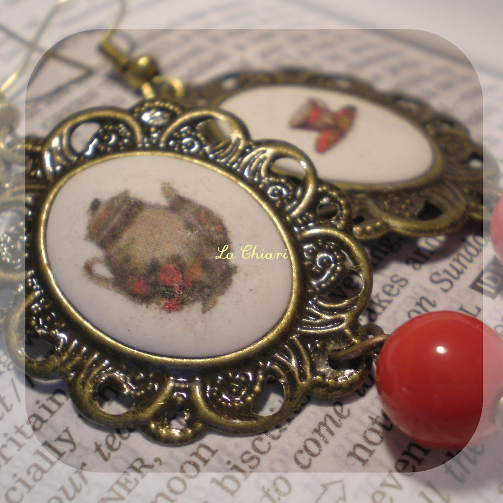 TEA ROOM earrings