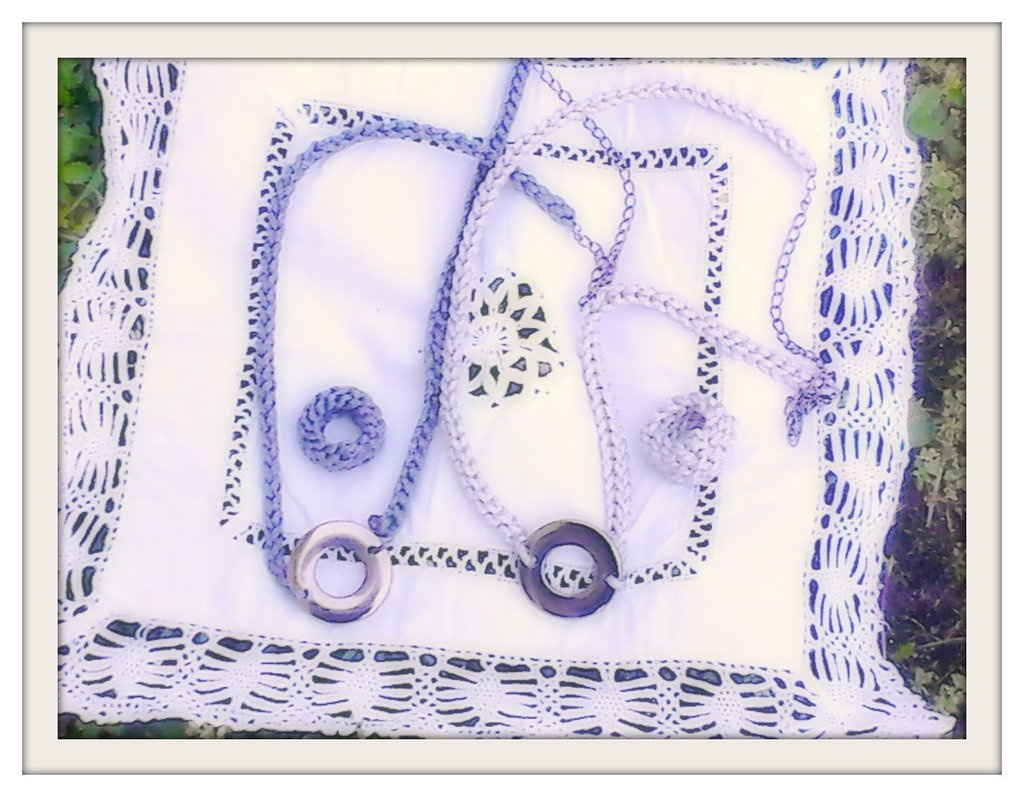 Collana crochet con pendente e anello coordinato