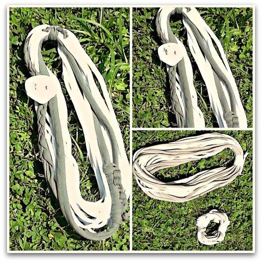 Collana bicolore panna/caki a fili