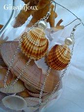 """Orecchini conchiglia """"Profumo di mare"""" handmade"""