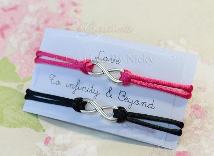 SALDI! Un bracciale infinity - Amicizia o amore verso l'infinito e oltre - Braccialetti simbolo dell'infinito