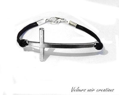 bracciale con croce orizzontale in argento tibetano