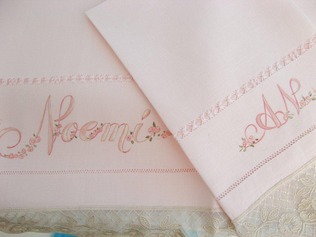 Asciugamani dipinti personalizzati con iniziali e nomi