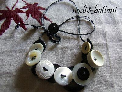 Collana double face, bianco&nero