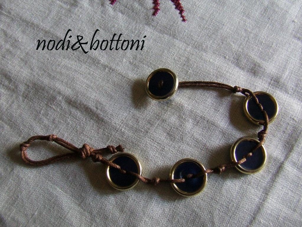 Braccialetto blu vintage
