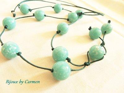 collana lunga con perle verde acqua