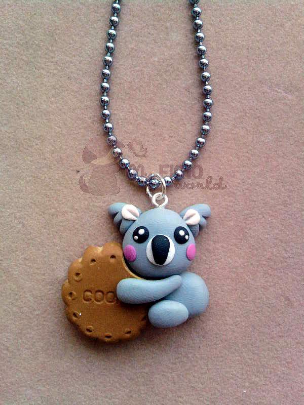 Collana con koala su biscotto fimo