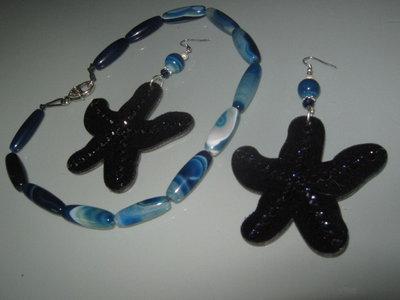 art 157 collana in agata blù naturale sfumata, perle drum con orecchini