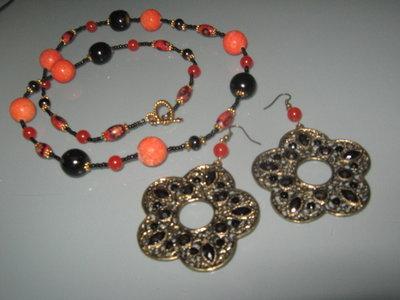 art 152 collana con corallo madrepora e giada arancio con orecchini