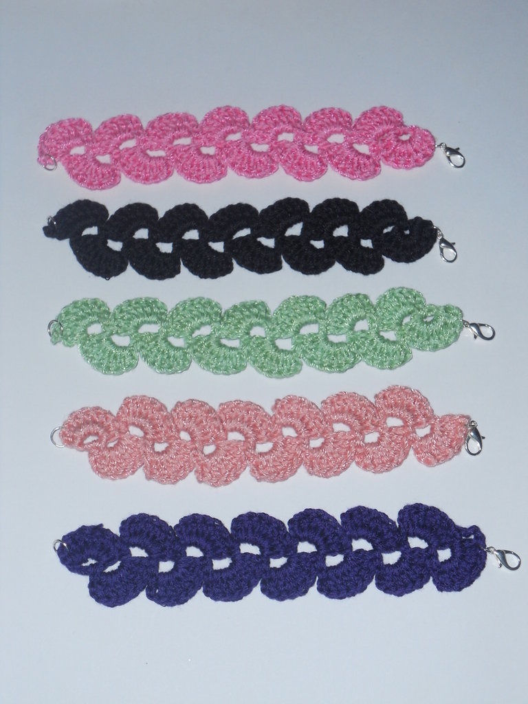 Bracciali all'uncinetto