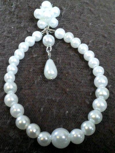 Orecchini mercantia perline bianchi