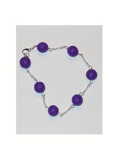 Bracciale elegante con catena e perle di fimo. mod. b01