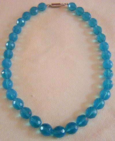 collana girocollo in mezzo cristallo  azzurro da 12 mm