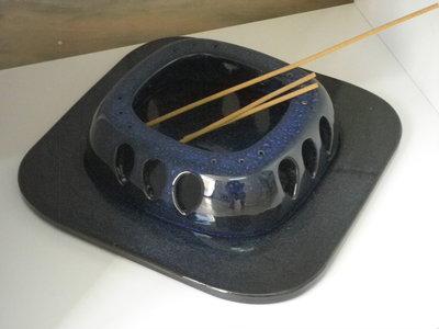 Porta incenso blu in ceramica