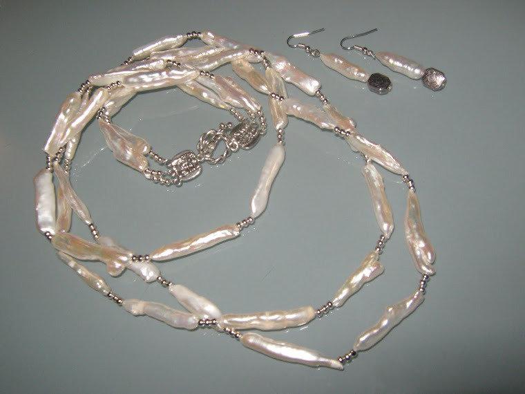 art 68  collana 3 fili in perle di fiume barocche freshwater pearls  naturale con orecchini,  argento tibetanno
