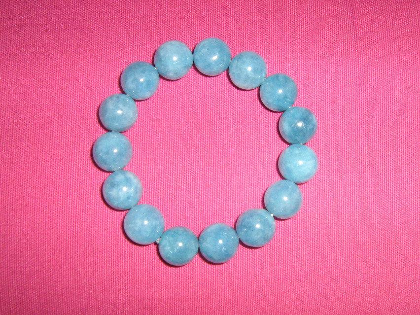 Bracciale elasticizzato in angelite calcite blu cabochon