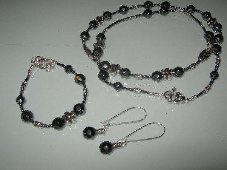 art 111 collana in ematite naturale con orecchini in argento tibetano anallergico