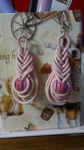orecchini rosa con nodo pipa