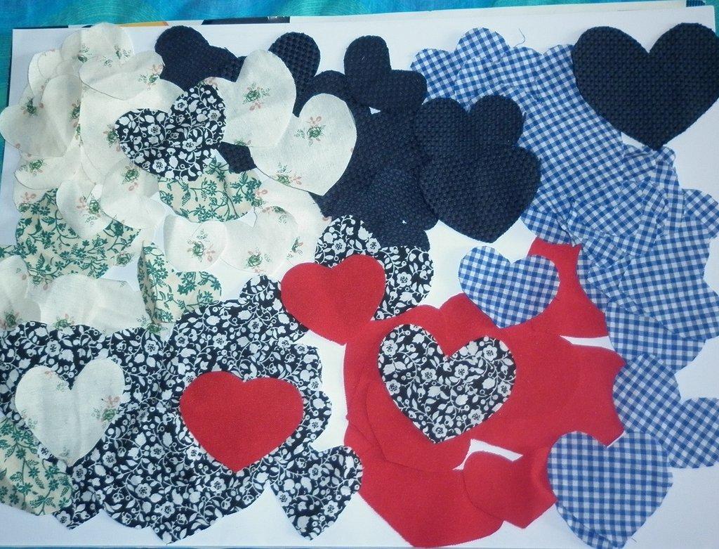 100 cuori tessuto applicazioni patchwork scrapbooking stoffa ... - Decorazioni Su Stoffa