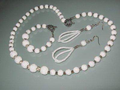 art  179 collana in agata bianco, perle round lavorate, con orecchini e bracciale in argento tibetano anallergico