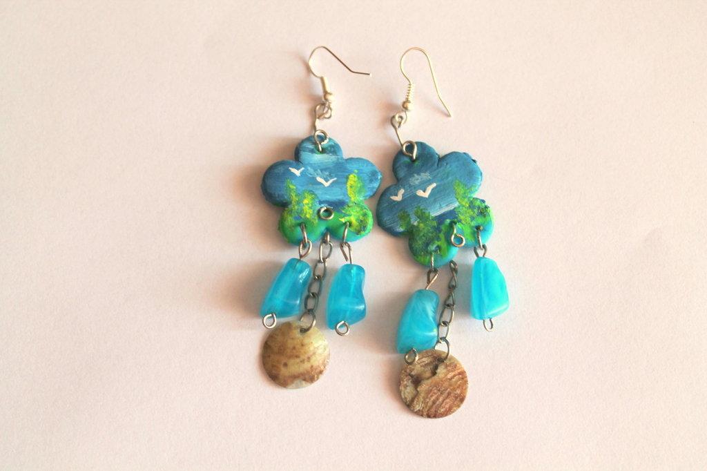 Orecchini dipinti a mano con pietre azzurre