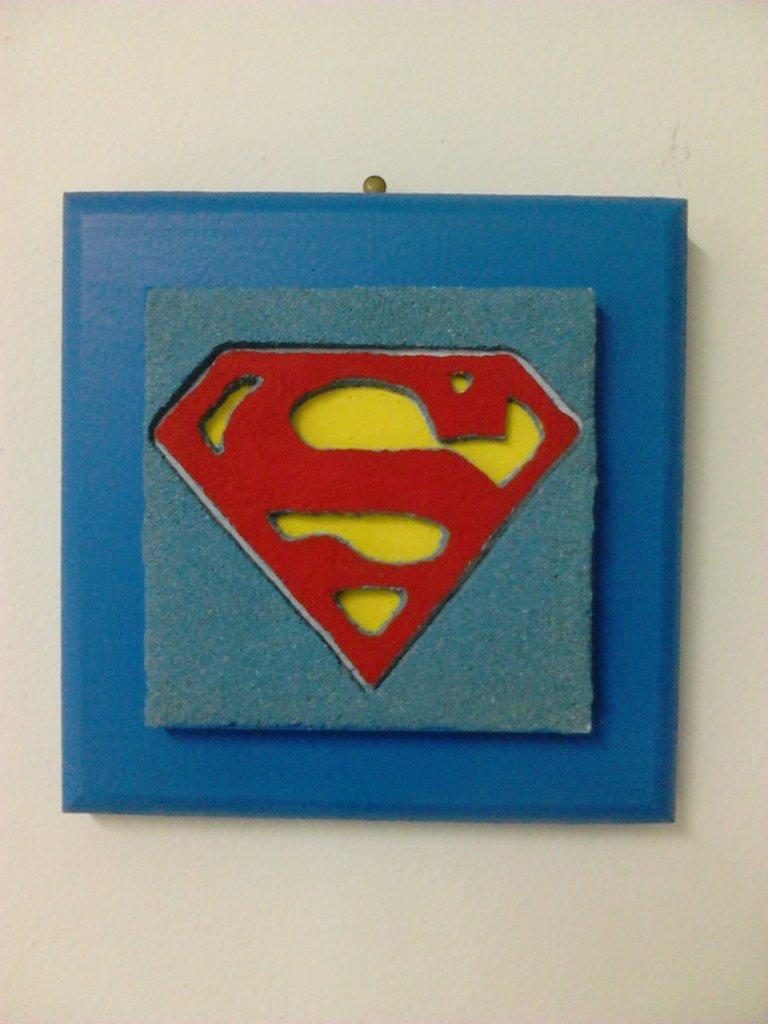 QUADRO IN SABBIA SIMBOLO SUPERMAN
