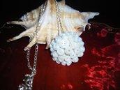 Collana pendente in fimo rose bianco perlato