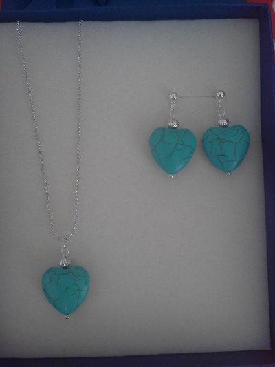 Parure turchese a forma di cuore collana e orecchini di ottima qualità