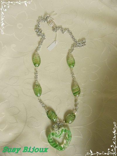 Collana verde con cuore