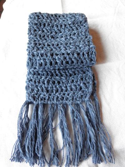 Sciarpa blu per bambino,all'uncinetto in cotone con frange