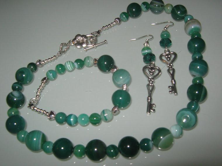 art 116 collana in agata verde trasparente, perle round varie misure, con orecchini e bracciale,argento tibetano anallergico