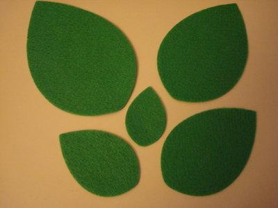 Set fustellati in feltro forma: goccia (foglia) 5 pezzi