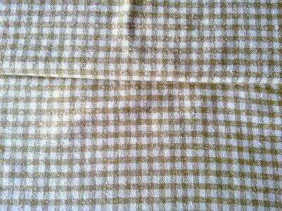 Taglio scampolo vintage di lana ortogonale scacchi nocciola bianco