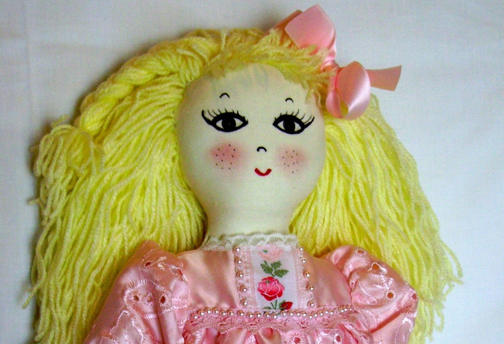 Bambola fatta a mano