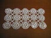 4 Centrini in cotone realizzati a mano all'unicinetto