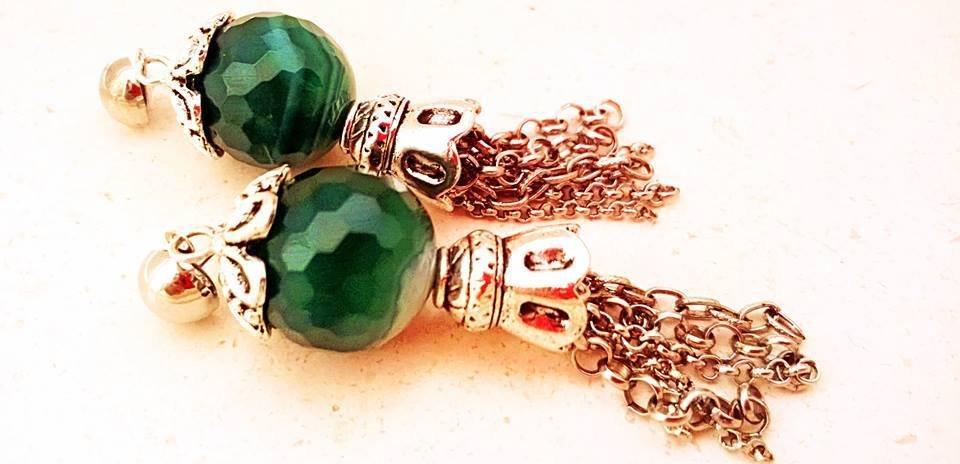 Orecchini agata verde e nappine con catene